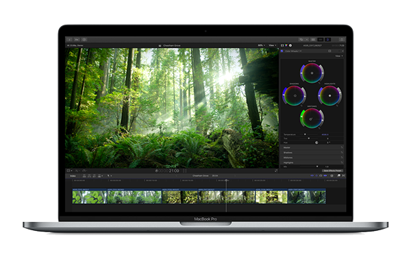 MacBook Pro mit Final Cut 10.4