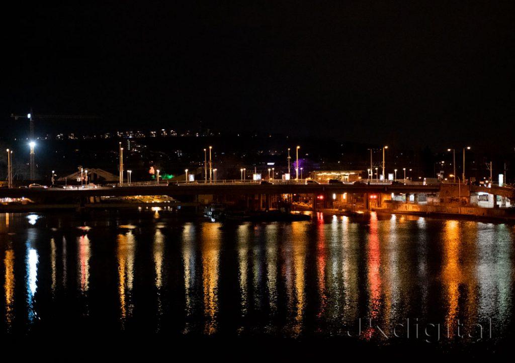 Nachtbild König-Karls-Brücke